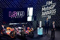 Hommage à Luis Salom en présence de Johann Zarco, Ajo Motorsport