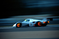 Карл Вендлингер, Михаэль Шумахер, Фриц Кройцпоинтнер, Team Sauber Mercedes, Mercedes-Benz C11 (№31)