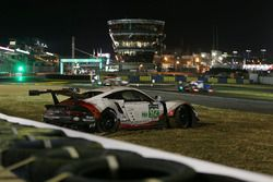 Unfall: #92 Porsche GT Team Porsche 911 RSR: Michael Christensen, Kevin Estre, Dirk Werner