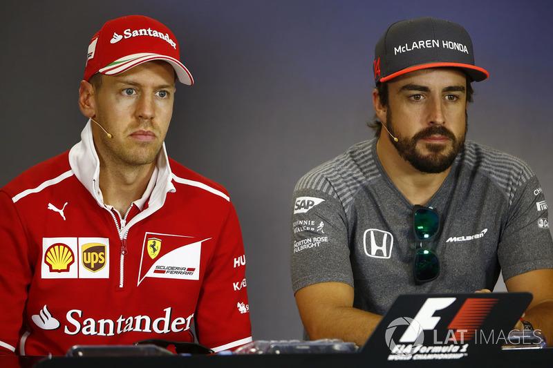 Sebastian Vettel, Ferrari, Fernando Alonso, McLaren en la conferencia de prensa
