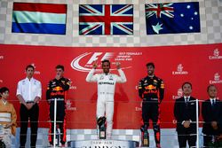 Race winner Lewis Hamilton, Mercedes AMG F1, Max Verstappen, Red Bull, second place, Third place Dan