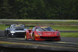 #61 R.Ferri Motorsport Ferrari 488 GT3: Alex Riberas, Kyle Marcelli
