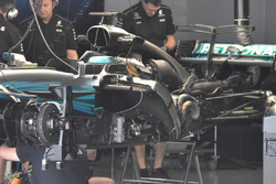Mercedes-Benz F1 W08 side
