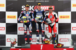 Podio: il vincitore Niki Tuuli, Kallio Racing Yamaha, il secondo clssificato Federico Caricasulo, GR