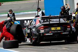 Boxenstopp: Nico Müller, Audi Sport Team Abt Sportsline, Audi RS 5 DTM