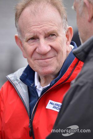 Нил Отли, глава отдела дизайна и разработки McLaren