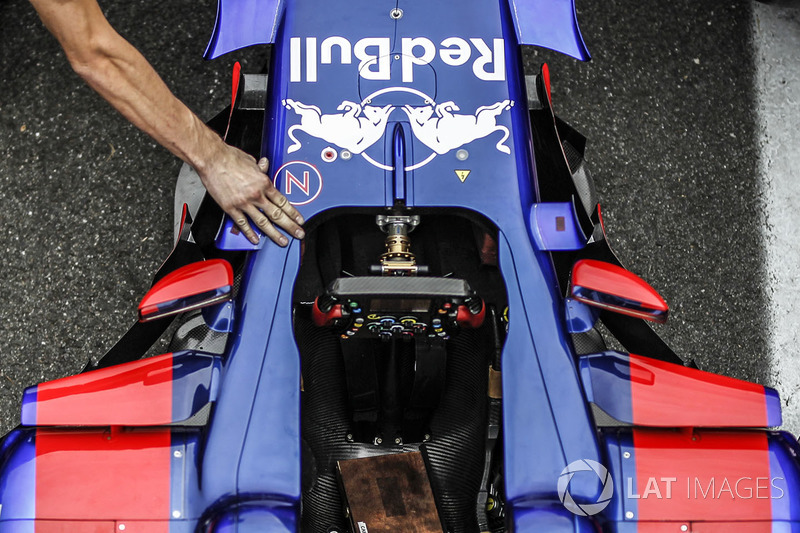 Steering wheel and cockpit detail of the Scuderia Toro Rosso STR12