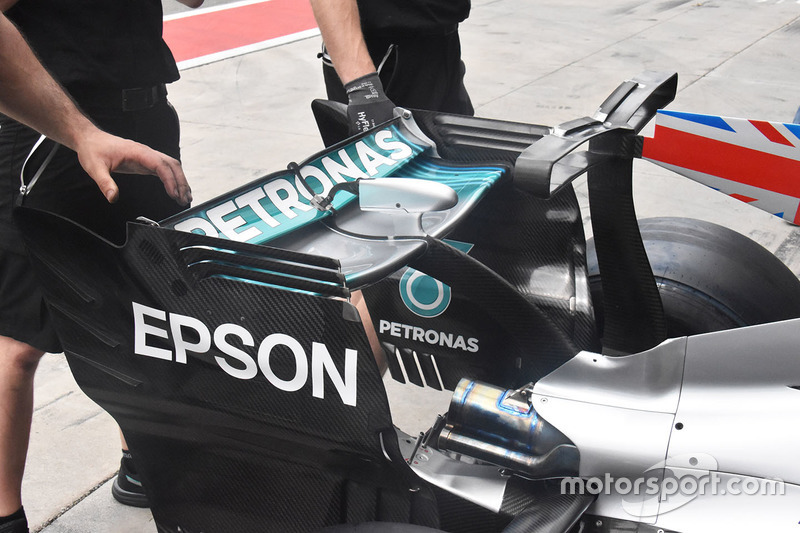 Mercedes AMG F1 W08, l'ala posteriore
