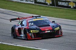 #82 McCann Racing Audi R8 LMS: Mike McCann
