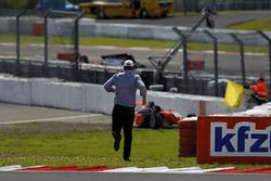 Der Vater von Nicklas Nielsen, US Racing rennt über die Strecke