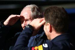 Руководитель Red Bull Racing Кристиан Хорнер и спортивный консультант Red Bull Хельмут Марко