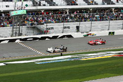 Start: #5 Action Express Racing Cadillac DPi: Joao Barbosa, Christian Fittipaldi, Filipe Albuquerque