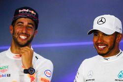 Persconferentie: racewinnaar Lewis Hamilton, Mercedes AMG F1, tweede plaats Daniel Ricciardo, Red Bu