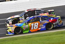 Kyle Busch, Joe Gibbs Racing Toyota and Brett Moffitt, BK Racing Toyota