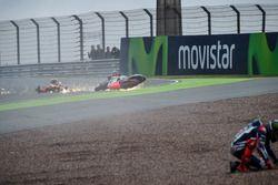 Авария Штефана Брадля, Aprilia Racing Team Gresini и Хорхе Лоренсо, Yamaha Factory Racing