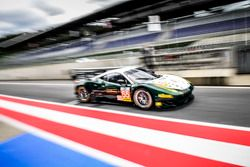 #55 AF Corse Ferrari F458 Italia: Duncan Cameron, Matt Griffin, Aaron Scott