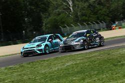 Jean-Karl Vernay, Leopard Racing, Volkswagen Golf GTI TCR and Dusan Borkovic, B3 Racing Team Hungary, SEAT León TCR