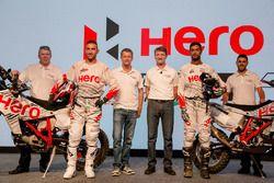 Joaquim Rodrigues, Hero MotoSports Team Rally y CS Santosh, Hero MotoSports Team Rally, Dr. Markus Braunsperger, CTO Hero Motocorp y Wolfgang Fischer, Team Manager Hero MotoSports Team Rally