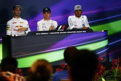 The post race FIA Press Conference (L to R): Daniel Ricciardo, Red Bull Racing, second; Nico Rosberg