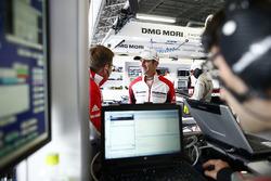 Romain Dumas, Porsche Team; Andreas Seidl, Teamchef, Porsche Team