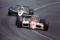 Emerson Fittipaldi, Patrick Racing, Penske-Chevrolet, Al Unser Jr., Galles Racing, Lola-Chevrolet