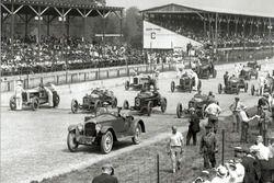 Startaufstellung zum Indy 500 1919