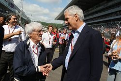 Берни Экклстоун и Марко Трончетти Провера, президент и председатель совета директоров Pirelli на ста