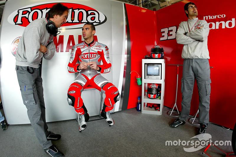 12º: Marco Melandri: 20 años, 9 meses y 2 días (debutó en 2003, con Fortuna Yamaha Team)