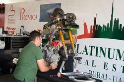 Motorrad von Marcos Ramirez, Platinum Bay Real Estate