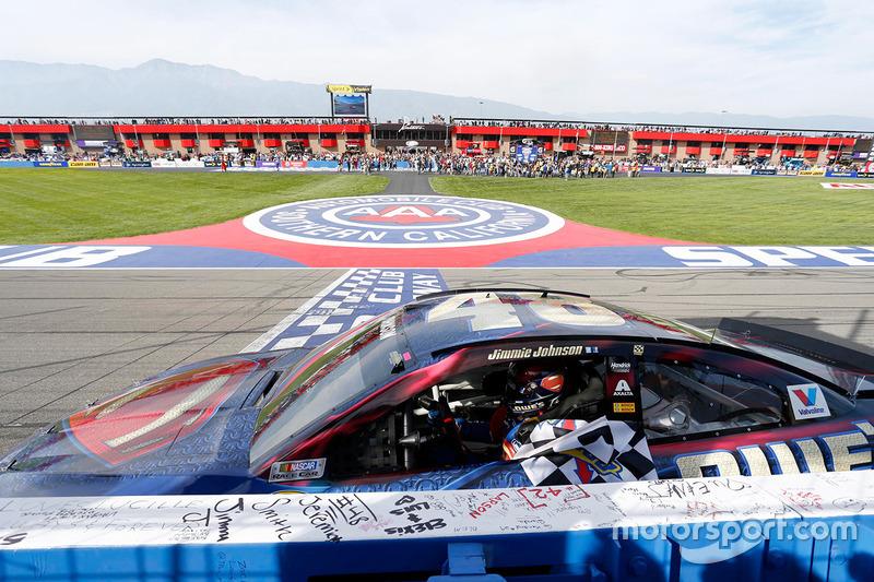 Le vainqueur Jimmie Johnson, Hendrick Motorsports Chevrolet