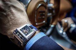 Bugatti Chiron en Parmigiani Fleurier voorstelling