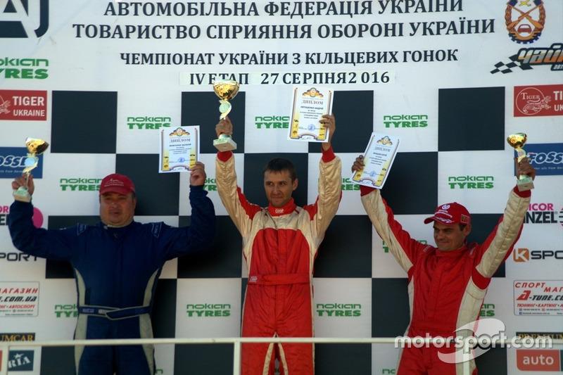 Подіум GT Оpen: Жовтоног, Євтушенко, Юнашев