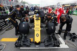 Jolyon Palmer, Renault Sport F1 Team R.S.16 sur la grille