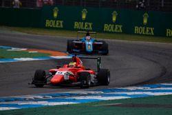 Jake Dennis, Arden International leads Akash Nandy, Jenzer Motorsport