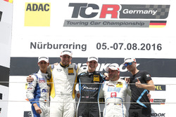 Podium: Sieger Josh Files, Target Competition, Honda Civic TCR; 2. Jordi Oriola Villa, DG Sport Comp