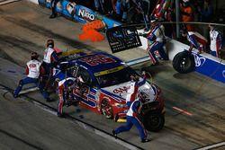 Joey Logano, Team Penske Ford, pit action