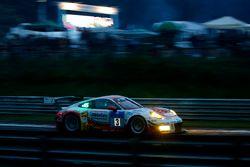 #3 Frikadelli Racing Team, Porsche 991 GT3 R: Klaus Abbelen, Sabine Schmitz, Patrick Huisman, Norber