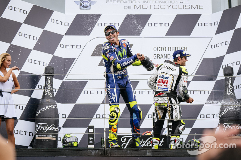 Podium: second place Cal Crutchlow, Team LCR Honda, third place Valentino Rossi, Yamaha Factory Raci