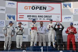 Podyum: 1. #1 BMW Team Teo Martin, BMW M6 GT3: Miguel Ramos, Pieter Schothorst, 2. #19 Lechner Racin