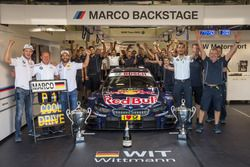Marco Wittmann, BMW Team RMG, BMW M4 DTM and Timo Glock, BMW Team RMG, BMW M4 DTM with Stefan Reinhold, BMW Team RMG and the team celebrate