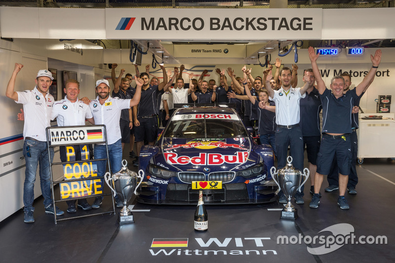 Marco Wittmann, BMW Team RMG, BMW M4 DTM yTimo Glock, BMW Team RMG, BMW M4 DTM con Stefan Reinhold,