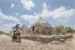 CS Santosh, Hero MotoSports Team Rally durante una sesión de entrenamiento que se realiza en las ruinas de Dholavira