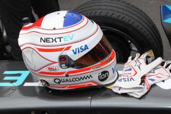 Nelson Piquet Jr., NEXTEV TCR Formula E Team helmet