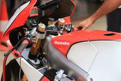 Mahindra MGP30 detail