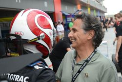 Le vainqueur Pedro Piquet avec Nelson Piquet