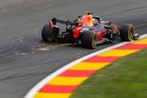 Max Verstappen, Red Bull Racing RB16, genera dellescintille