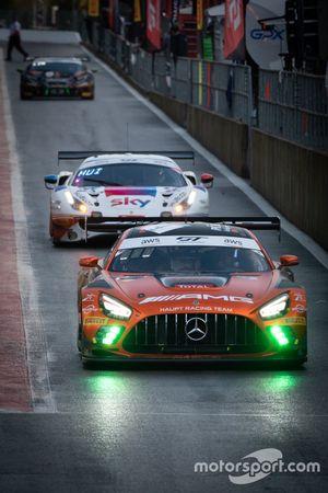 #4 Mercedes-AMG Team HRT Mercedes-AMG GT3: Maro Engel, Luca Stolz, Vincent Abril,#93 SKY - Tempesta Racing Ferrari 488 GT3: Chris Froggatt, Jonathan Hui, Eddie Cheever, Giancarlo Fisichella