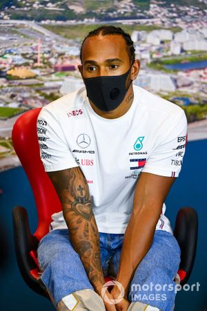 Lewis Hamilton, Mercedes-AMG F1, in the press conference