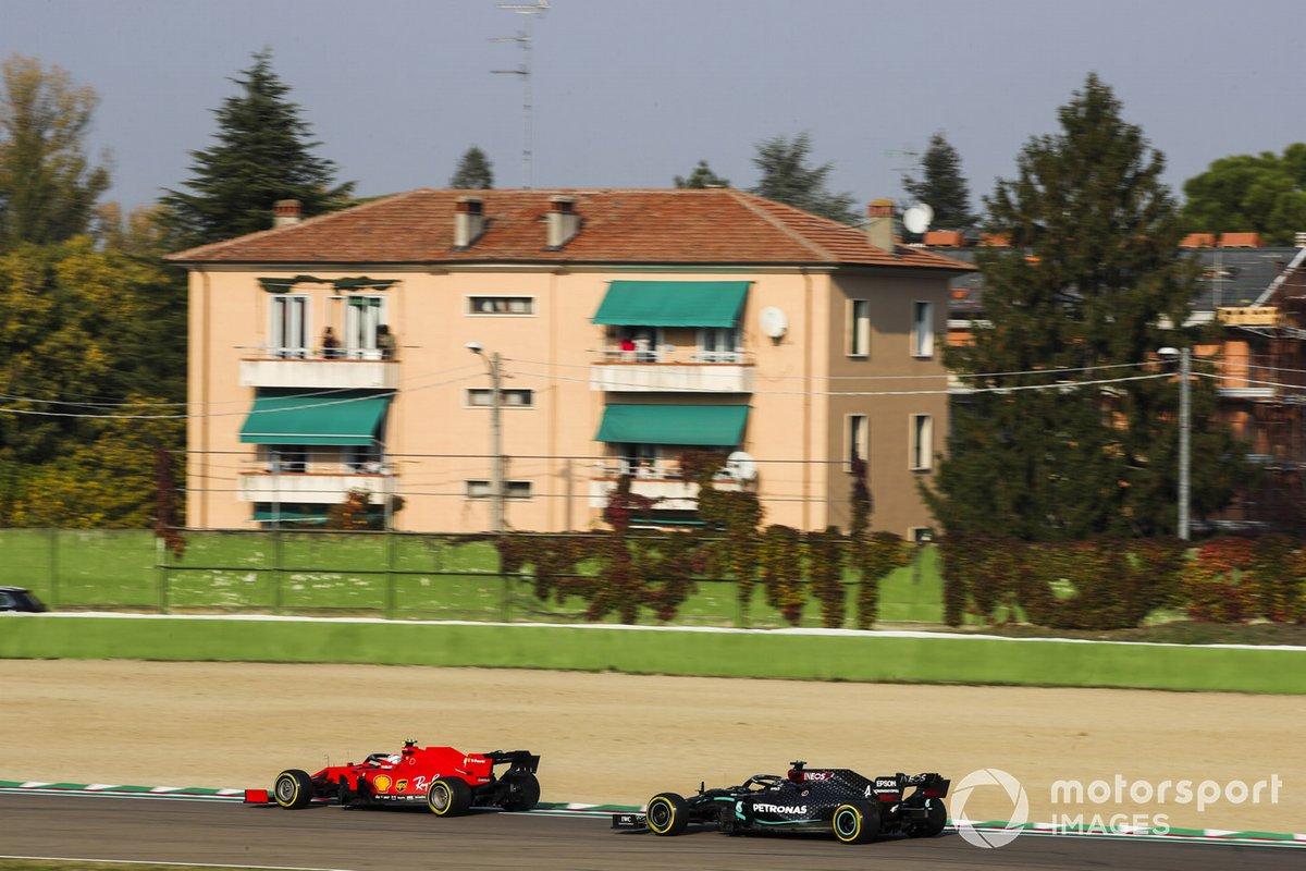 Charles Leclerc, Ferrari SF1000, Lewis Hamilton, Mercedes F1 W11