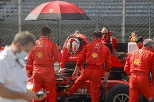 Sebastian Vettel, Ferrari, arrives on the grid